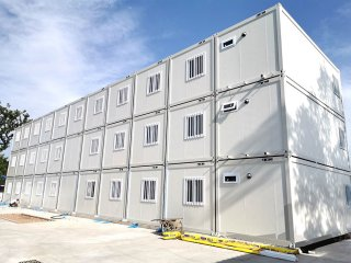 活动集装箱房多少钱?集装箱板房如何安装?集